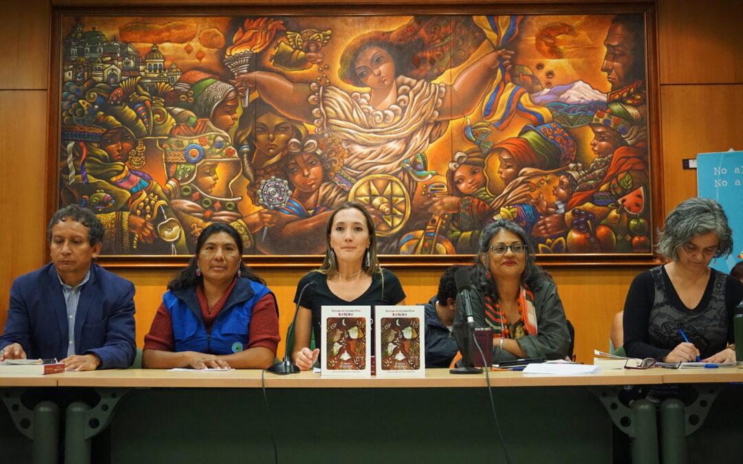 Reciclaje sin recicladorAs es basura, el retorno de las brujas. Lanzamiento en Ecuador del libro que narra las historias de las recicladoras de Ecuador y Colombia
