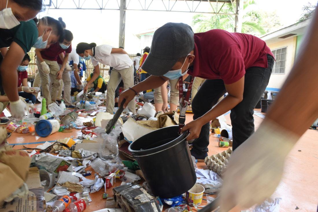 Dumaguete LGU Urged to Enforce Plastic Bag Ban Ordinance, Residents to Segregate Trash