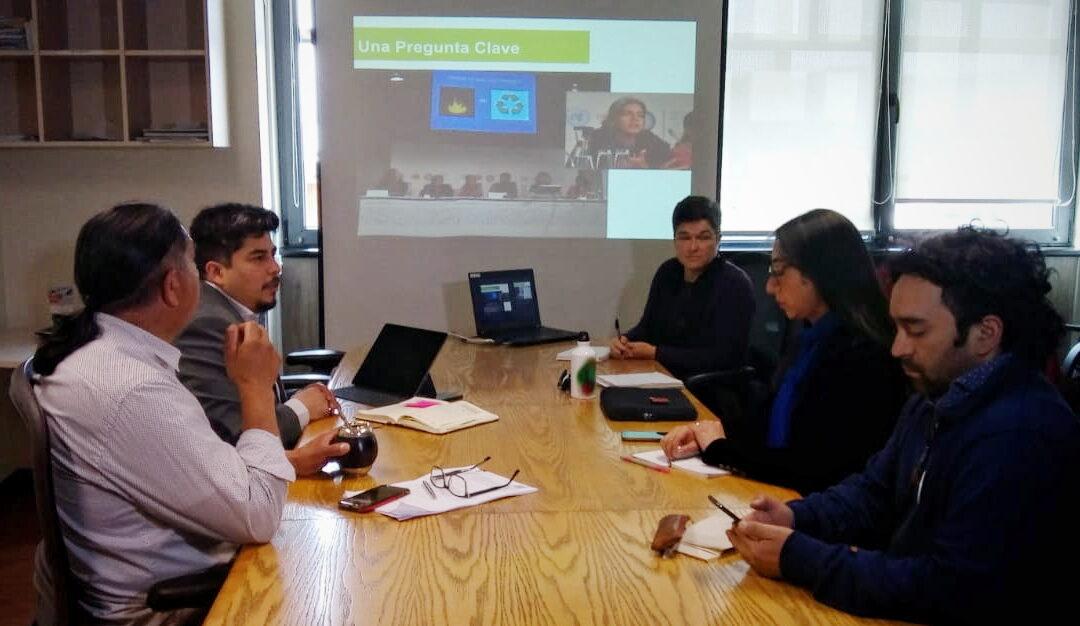 Experta estadounidense habla sobre peligros de incineración de residuos e inaugura misión internacional de observación de derechos humanos en Temuco