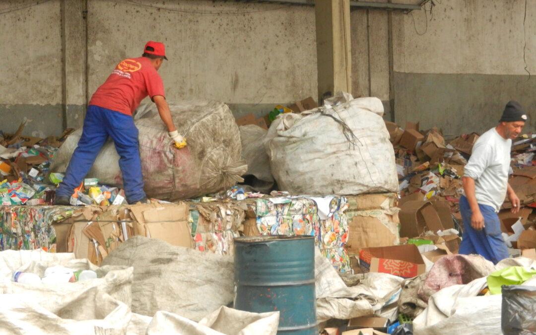 Brasil se moviliza en defensa de los y las recicladoras y de las estrategias basura cero para el país